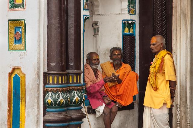 Peregrinos en el Janaki Temple
