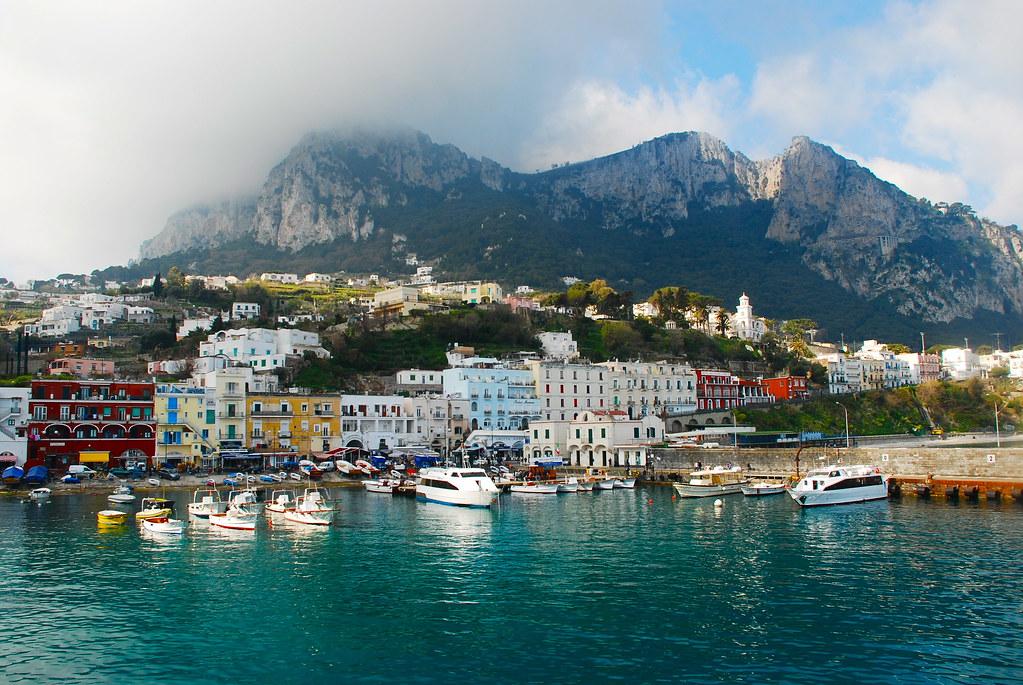 Capri фото