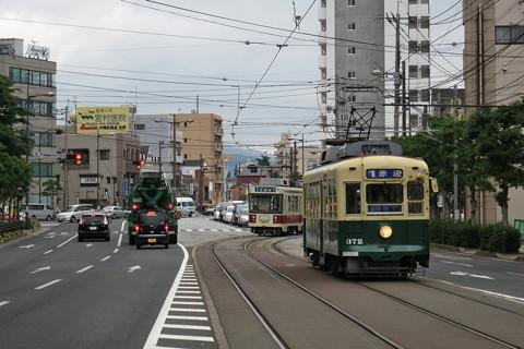 長崎電鉄岩屋橋電停大橋市場