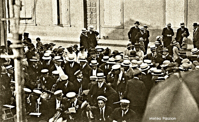 inauguration du monument aux morts de Jarnioux par le soleil et la chaleur du 28 mai 1922 météopassion