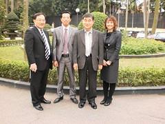 VEDICO phien dich cho giao su Lee - Nanyang University
