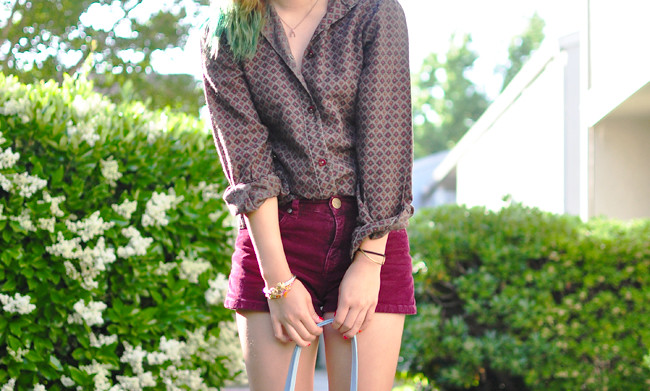 thrifted 70s print blouse, burgundy corduroy shorts {Urban Outfitters}, brown bootie {Urban Outfitters}, gifted Dooney & Burke bucket bag