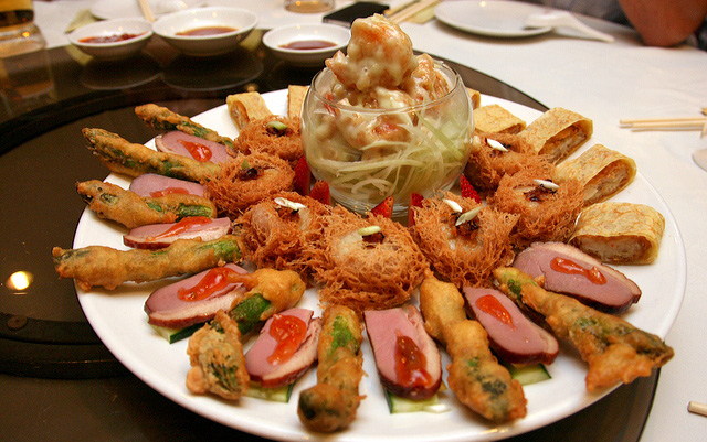 Mixed combination platter