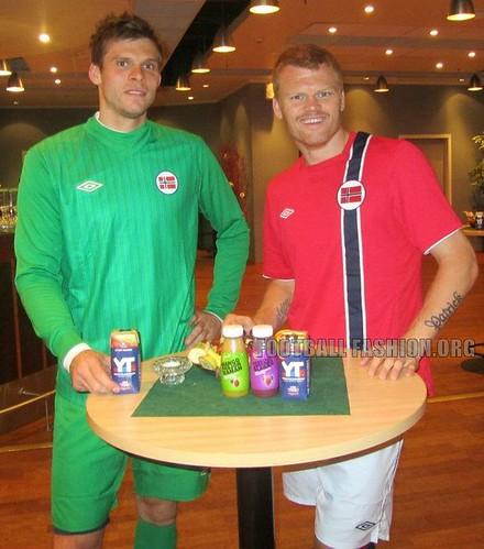Norway Umbro 2012/13 Home and Away Soccer Jerseys / Football Kits / Drakter