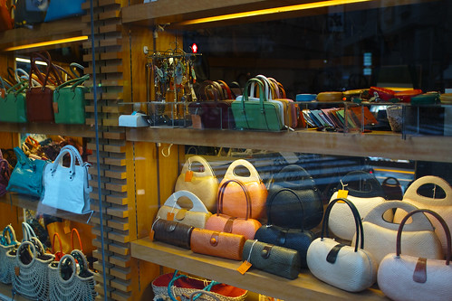 bag2 by leicadaisuki