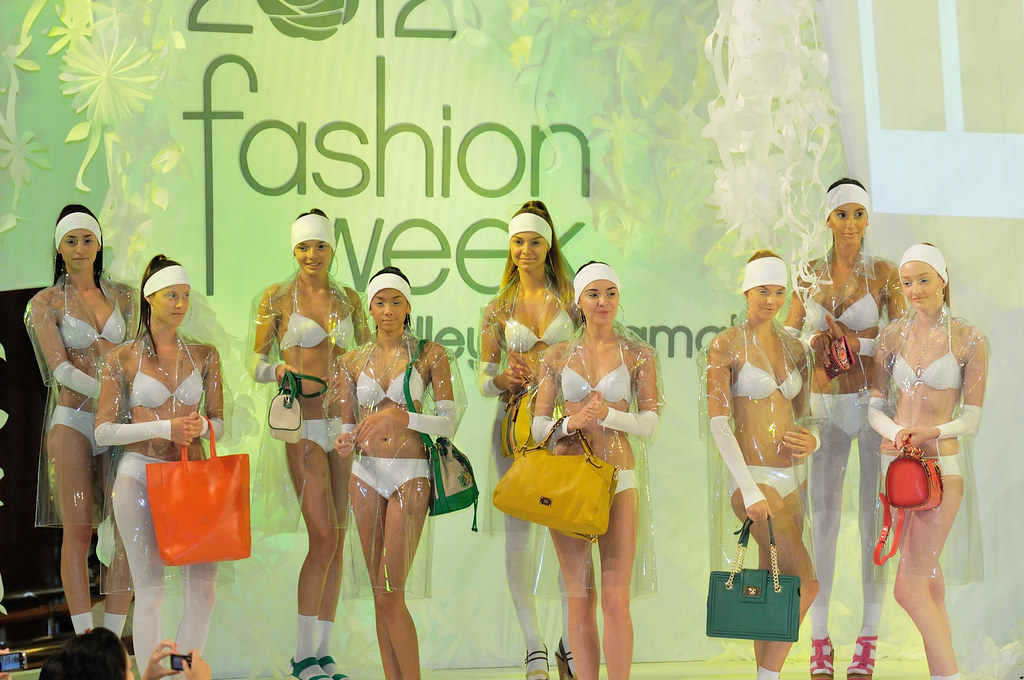 nose-fashion-week-2012-mid-valley-028.jpg