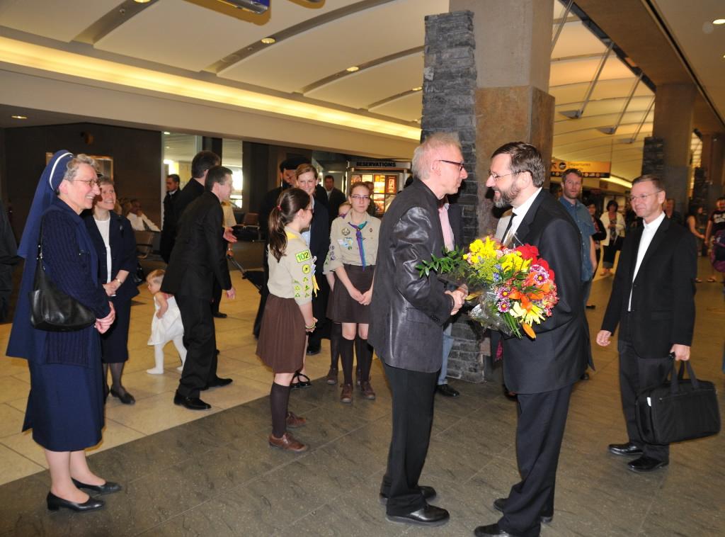 Канадійська земля вітає Батька та Главу УГКЦ