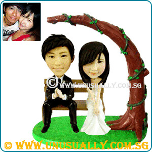 Personalized Garden Feel Wedding Couple Figurines