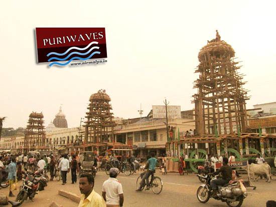 Parabhadi has installed on three Chariots Rathyatra 2012