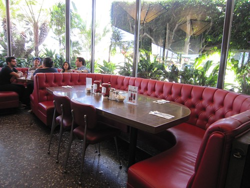 Pann's Banquette Booth