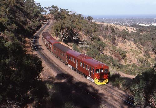 belair train diesel suburban transport rail railway australia hills railcar transportation adelaide commuter sta redhen transadelaide
