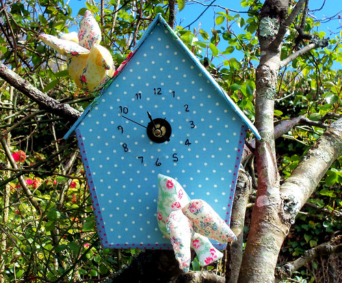 Birdhouse Clock (1)