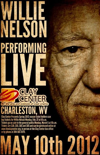 Charleston-WV-@-The-Clay-Center-for-the-Arts-Sciences-of-West-Virginia-Willie-Nelson-Performing-LIVE