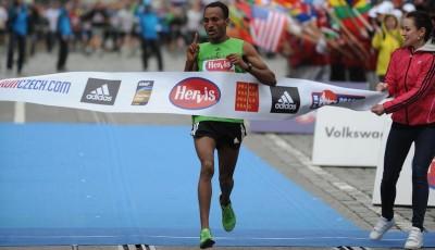 Hervis půlmaraton: neuvěřitelný Tsegay!
