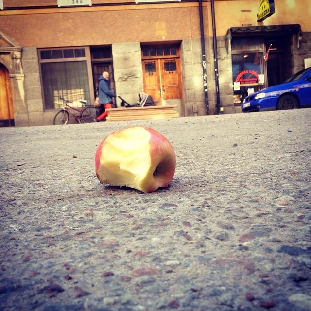 The Bug apple
