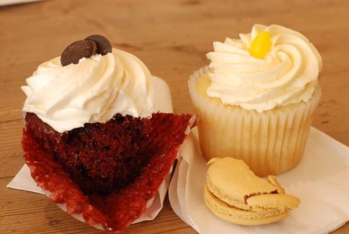 red velvet and lemon cupcake