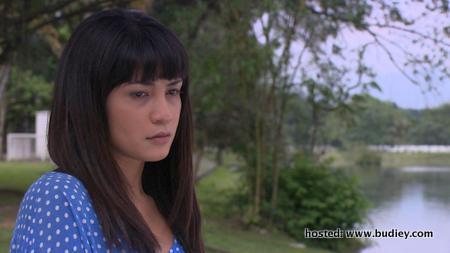 Izreen Azmindar