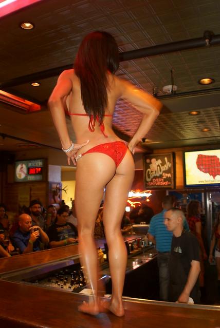 Restaurant bikini contest