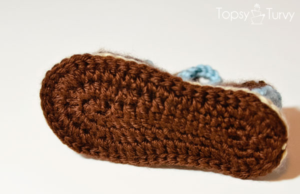 crochet-baby-sandals-bottom