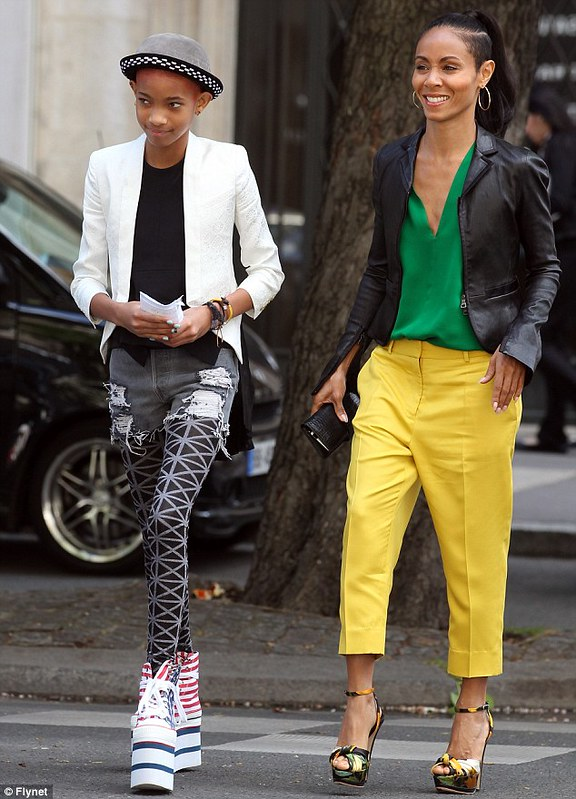 Green blouse & yellow cropped pants
