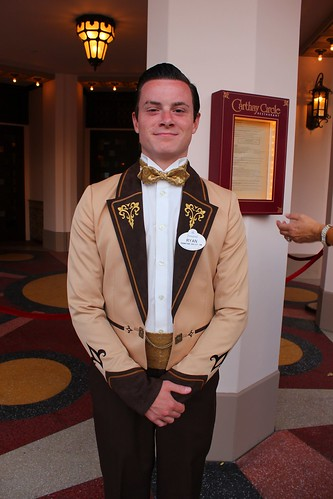 Carthay Circle Theatre costume