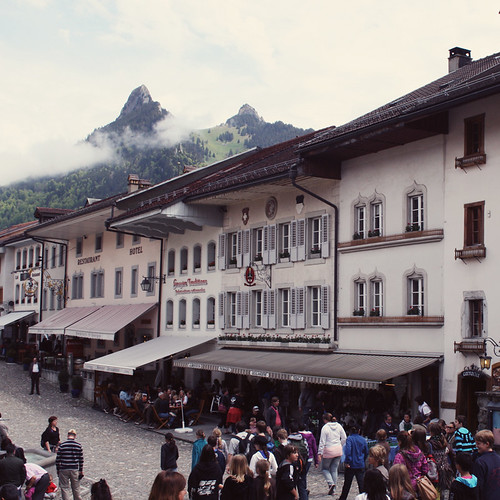 Suisse21