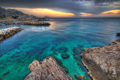 sunset sea mer seascape france clouds marseille rocks turquoise provence nuages lesgoudes hdr coucherdesoleil rochers 3xp