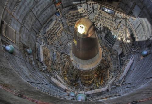 無料写真素材, 戦争, ミサイル, タイタンII ミサイル, ミサイルサイロ, アメリカ軍, HDR