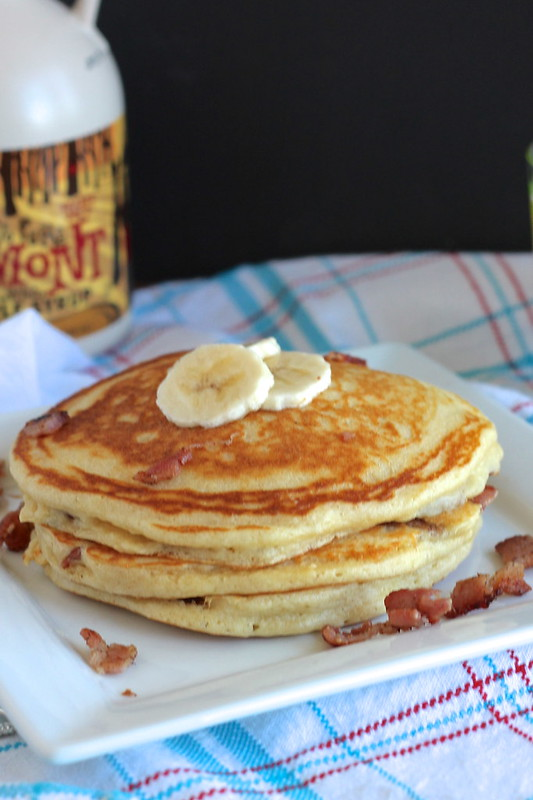 Buttermilk pancakes with banana and bacon