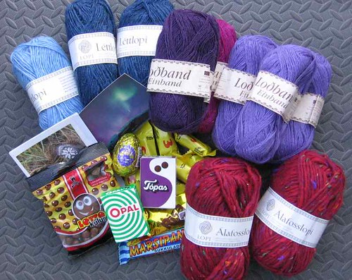 Icelandic yarn and candy