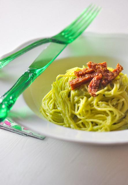spaghettini crema di fave e salame piccante II (1 di 1)