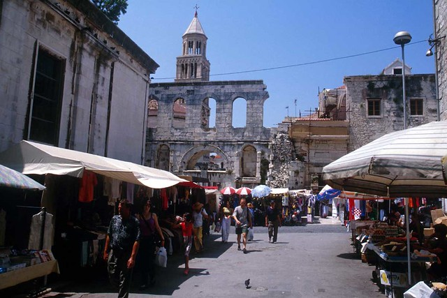 Local market - a view on Diocletian's Palace