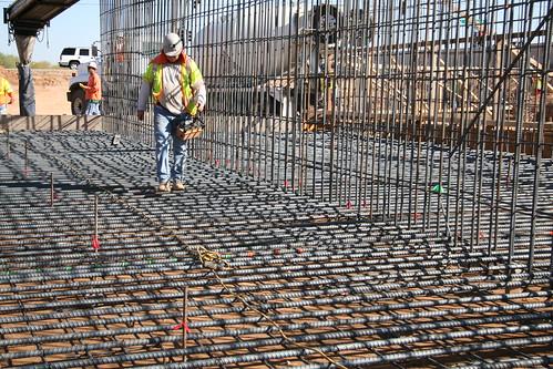 Loop 303 construction
