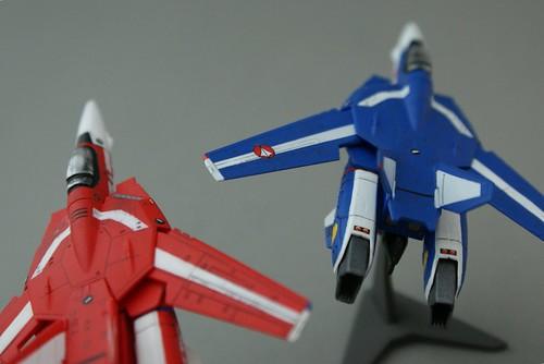F-toys 1/144 - VF-1J Valkyrie  - Maximilian + Milia Jenius - 4