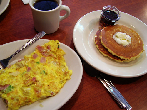 denver omelet and pancakes at hollywood grill