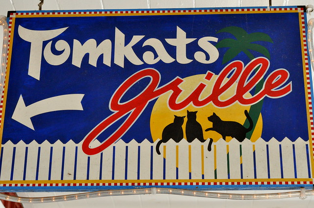 Tomkats sign