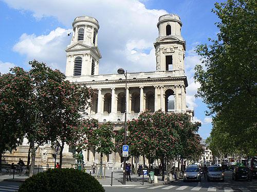 place saint sulpice.jpg