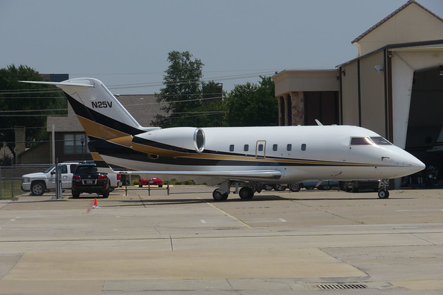 Canadair Challenger 600S