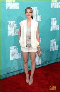 leighton-meester-mtv-movie-awards-2012