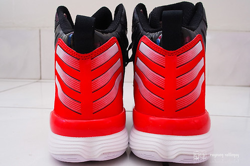 Adidas_adizeroshadow_09