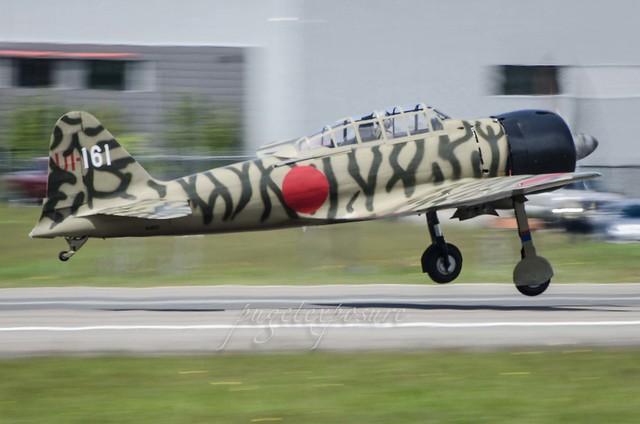 Liftoff of Mitsubishi A6M3-22 (Zeke/Zero) N3852