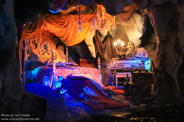 DLP April 2012 - Riding Pirates of the Caribbean