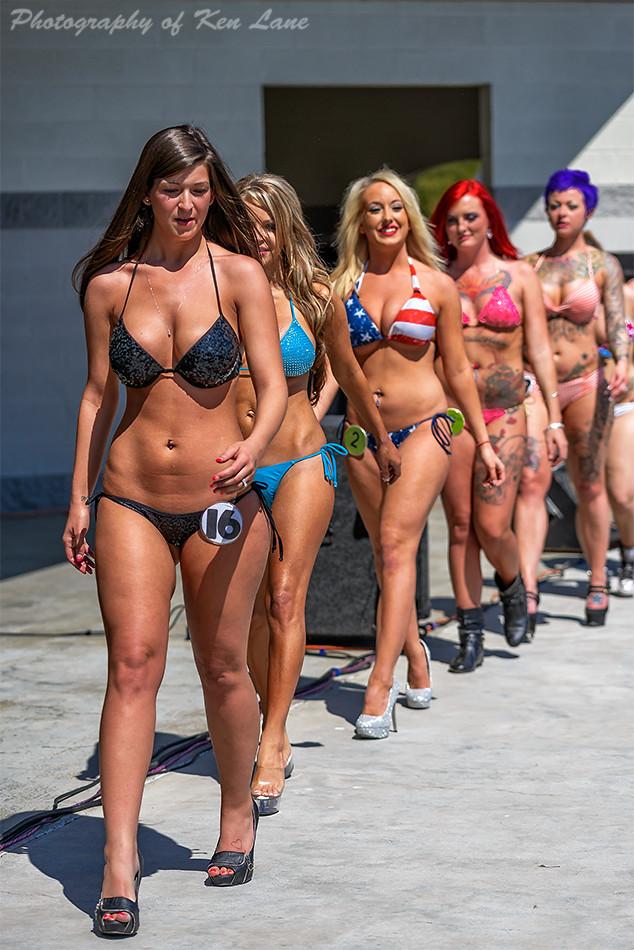 Agree, amusing photos taken in bikini contest