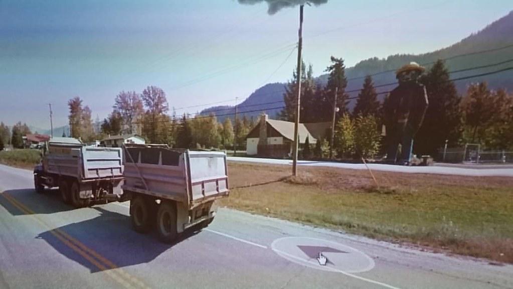 Smokey bear and dump trucks. #ridingthroughwalls