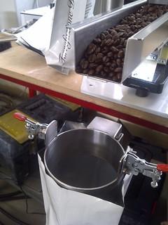 Sistema di confezionamento per prodotto in grani - Dosing system for granules in packaging applications