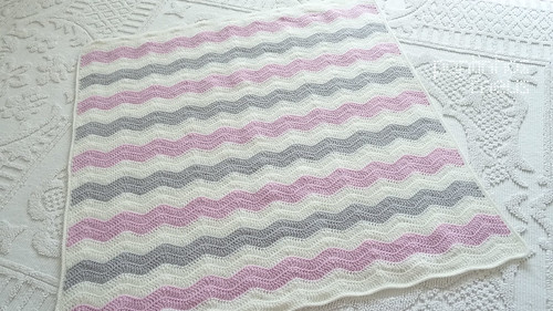 Pink waves baby blanket