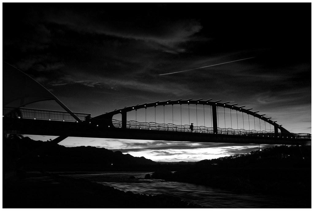 水里  黃昏 x 黑白紅外線