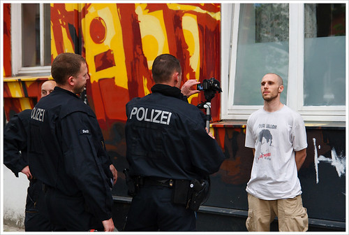 berlin polizei twitter