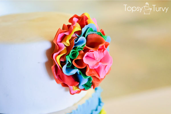 cinco-de-mayo-cake-ruffled-flower