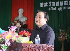 Phó Thủ tướng Hoàng Trung Hải tiếp xúc cử tri tại Thái Bình
